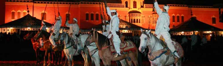 Cena Fantasía y Espectáculo Marroquí