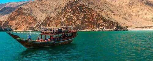 Crucero en Musandam y visita a Khasab