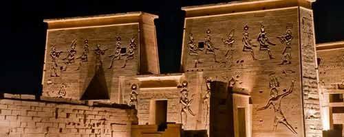 Espectáculo de luz y sonido en el templo de Philae