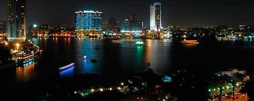 Recorrido nocturno por El Cairo
